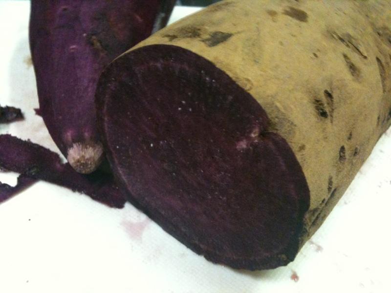 紫芋でみそ汁を作ってみた!